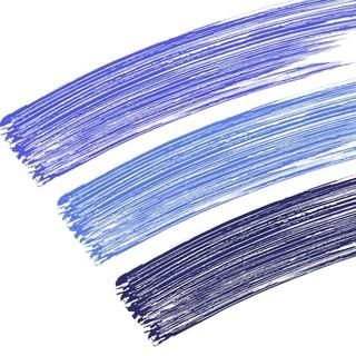 Avis à toutes celles qui aime le bleu sur les yeux. Le Mascara Haute Tolérance se décline en différentes teintes de bleu pour que vous puissiez trouver celle qui vous convient le plus.  Pour que vous puissiez vous faire plaisir pendant les fêtes, tous nos produits sont à -25% sur le site jusqu'au 4 janvier.  Belles fêtes à toutes.  #eye_care_cosmetics #mascarableu #bleu #yeuxsensibles #hautetolerance